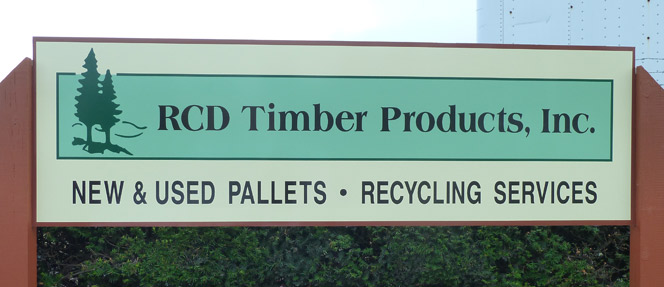 Wood pallets, pallet recycling, and scrap pallet removal